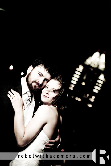 fun and fantastic photos from Patrick and Chelsea's wedding at the Austin Hilton and St Andrews Chapel.  Romantic austin hilton images of newly married wedding couple against the evening austin skyline.