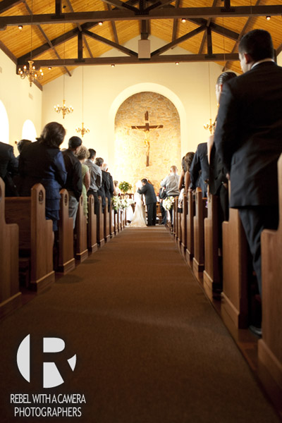 wedding photographs from Dolce Lakeway Resort and spa lake travis texas.  Queen of Angels chapel spicewood texas wedding ceremony picture.